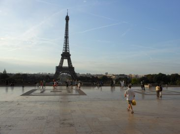 Early in the morning, you can get a nearly unobstructed view of the Eiffel Tower.