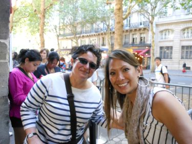 Serendipitously in line for Sainte Chapelle with Hélène Vilavella Collins (senior lecturer/wife of my former professor at UW) and her summer study abroad French students.
