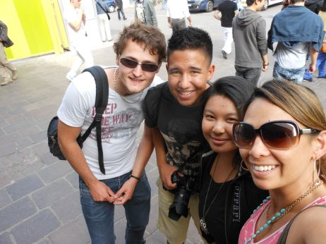 My cousin's sister-in-law's son Brandon Lawrence, Michelle Vuong, and their French friend Thomas came to Paris, so we went for a stroll through the city and some lunch.