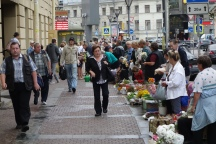 The hustle and bustle of the streets of St. Petersburg