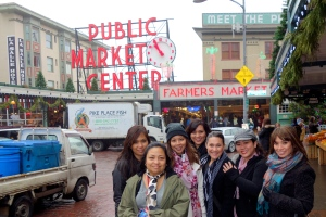 I'm thankful for dear friends like these who come to visit me in Seattle and get me to be a tourist in my own town.
