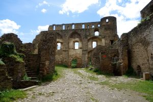 Even in ruins, today's visitor can appreciate how impressive Rheinfels Castle must have been in its heyday.