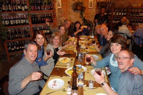 A well-fed group is a happy group, and a group that can learn about Italian culture by cooking their own Tuscan feast is an enlightened group.